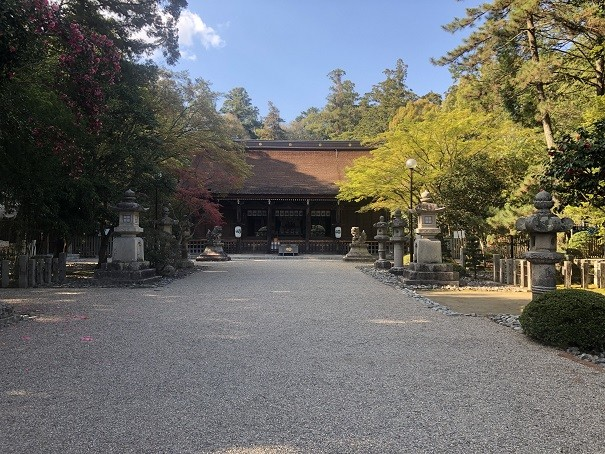 多田神社の指定文化財の数々