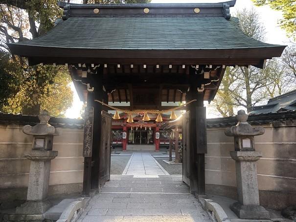 呉服神社 神門