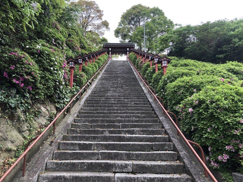 篠崎八幡神社の急階段