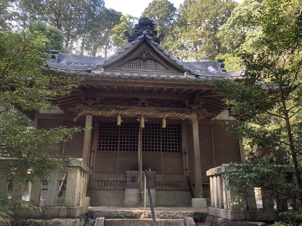 天森神社の本殿