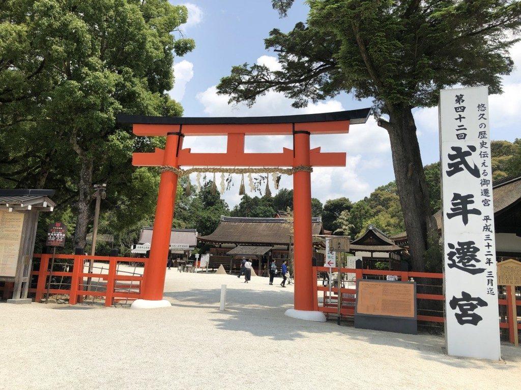 京都上賀茂神社の二の鳥居