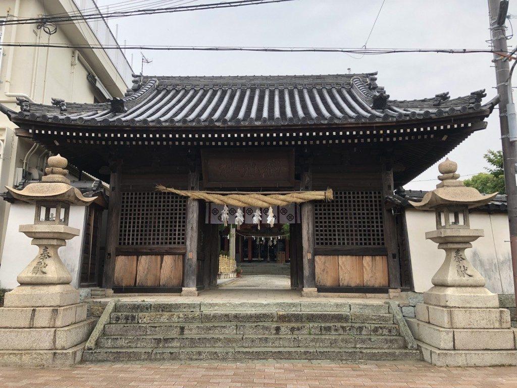 稲爪神社の神門