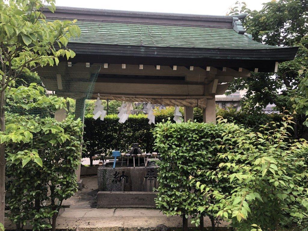 稲爪神社の手水舎