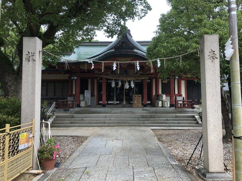 稲爪神社の拝殿