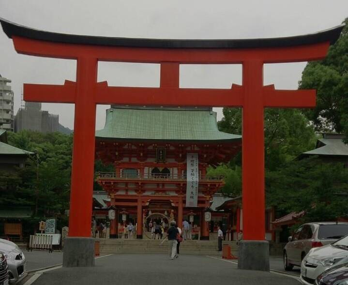 生田神社 鳥居