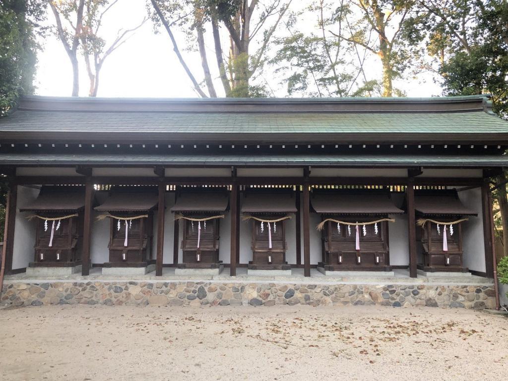 八坂神社 六社