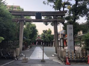 神津神社 鳥居&社号碑