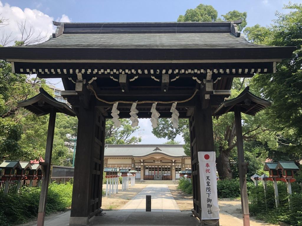 香具波志神社 神門