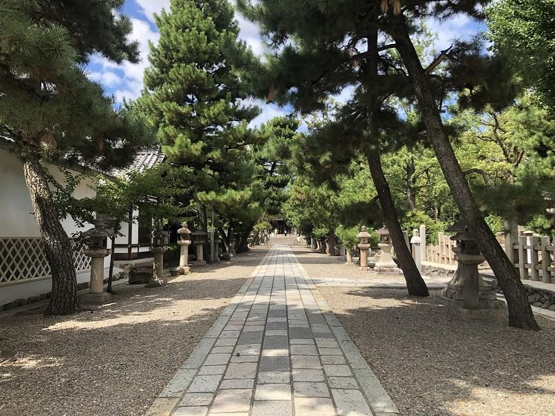 御香宮神社参道