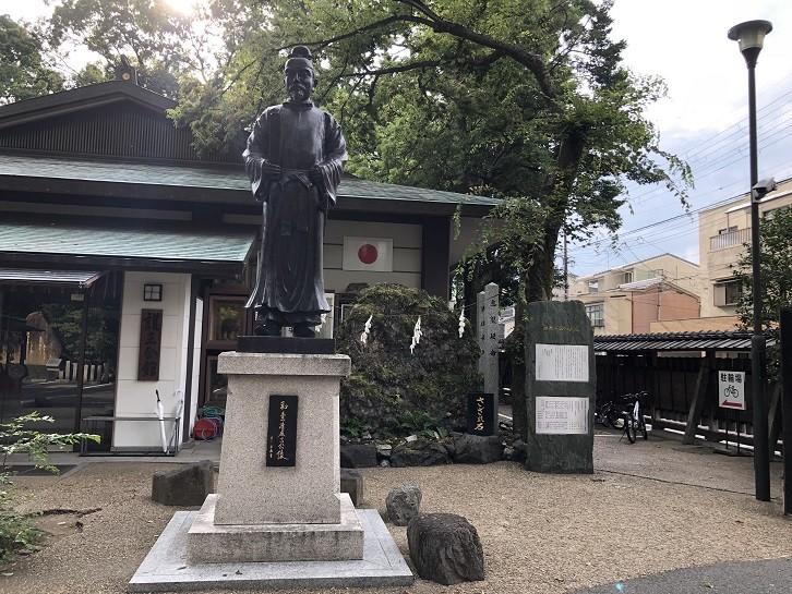 護王神社 清麻呂公像