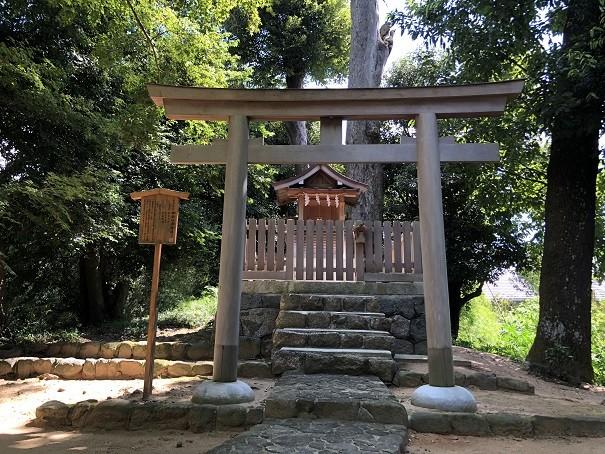 神坐日向神社(摂社)