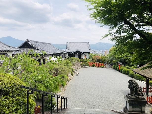 建勲神社のアクセス