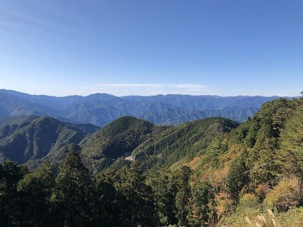 標高1076mの奈良玉置山山頂付近に鎮座する玉置神社