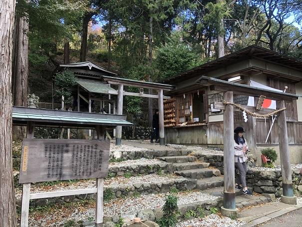 日本で唯一の髪の毛の神様「御髪神社」