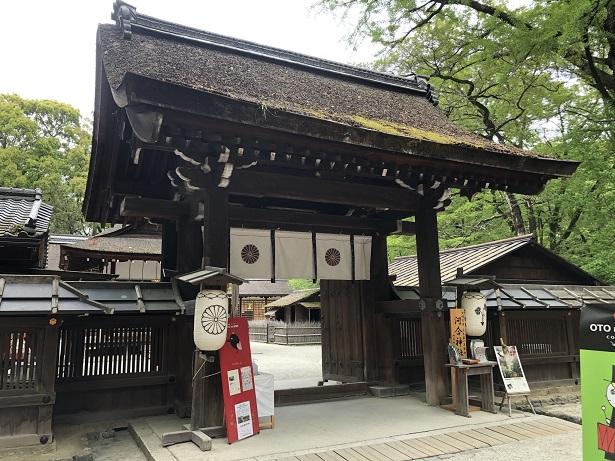 河合神社 摂社とは思えない素晴らしい楼門&舞殿