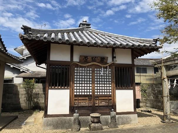 三輪素戔嗚神社 薬師堂