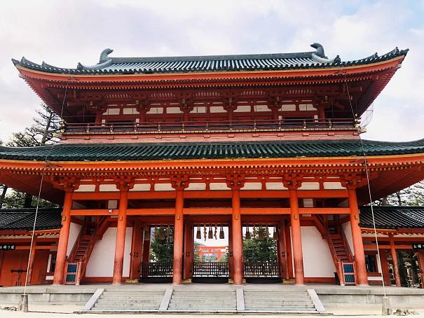 平安神宮の神門「応天門」