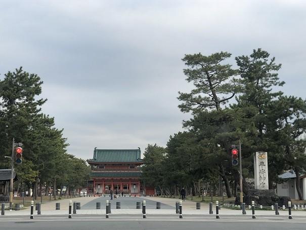 平安遷都1100年を記念して建立された平安神宮