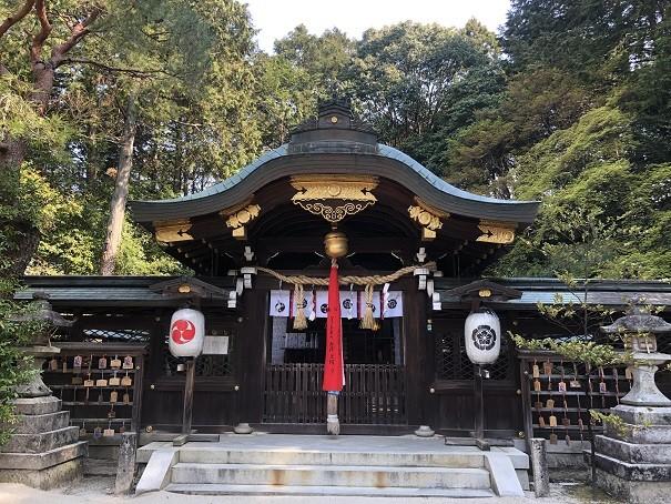 八大神社 拝殿