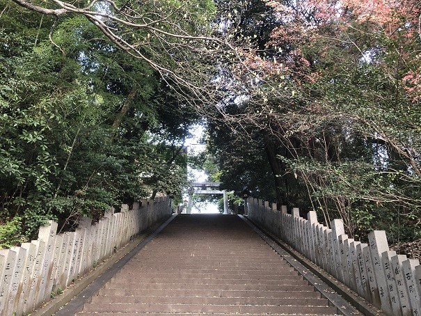 東雲神社 参道