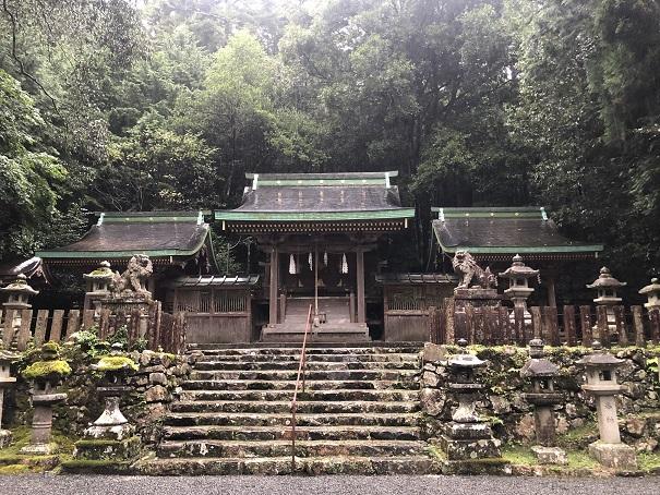 倉稲魂命をご祭神としてお祀りする「江文神社」の歴史