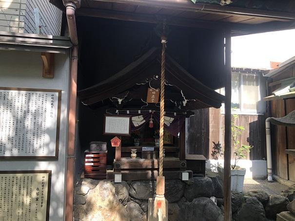 真田幸村から知恵を授かれる「神明地蔵尊」