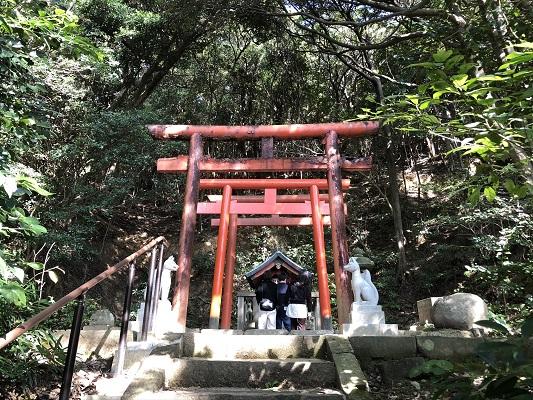 日御碕神社 神社に対して失礼な人には見つけることができない稲荷社