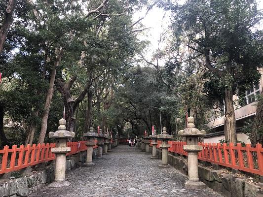 紀州東照宮の参道